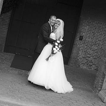 Storybook Wedding Photos at Coombe Abbey (31)